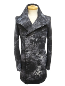 memhim jacket worn by e-zuka